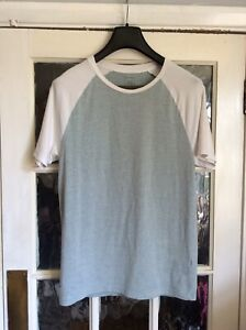 River Island Mens Muscle Fit T-shirt Large Short Sleeve Green White VGC Summer