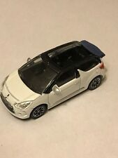 CITROEN  - DS3 2012  CABRIO BLANC  /NOIR  COLLECTION 3 INCHES  SERIE- 2013 1/64