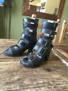 Freebird by Steven Bond Black Sandals Size 6 fits 6 1/2 or 7 New