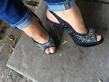 Well Worn Black Peep Hole Stiletto Chaussures 99p