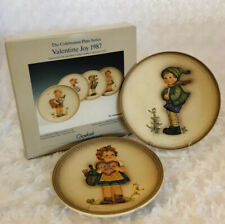 Goebel Hummel Collector Plates Valentine Gift & It's Cold 1986, 1989 1st, 4th Ed