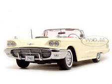 1960 FORD THUNDERBIRD OPEN CONVERTIBLE CORINTHIAN WHITE 1/18 BY SUNSTAR 4312