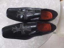 Robert Wayne Cross Black Leather Loafers Mens Shoes Long Toe Sz 7.5
