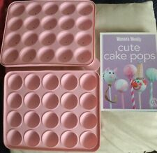 CAKE POP SILICONE MOULD & ILLUSTRATED COOK BOOK