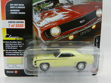 2018 Johnny Lightning *CAMARO FIFTY A* BUTTERNUT YELLOW 1969 Camaro SS *NIP*
