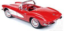 1961 Corvette RED w White coves 1:18 Auto World 991