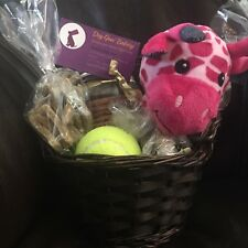 Canine Classic Gift Basket