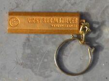 Très beau porte clé métallique des années 1960, Vichy surpastilles,