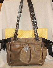 SIMPLY VERA WANG  XL Shoulder Bag Pewter & Soft Yellow * VERY GOOD COND.