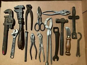 Lot of 15 Assorted Vintage Miscellaneous Daily Use Hand Tools.  See all Photos.