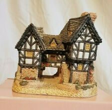Tudor Manor House by David Winter 1981 Original Box Coa