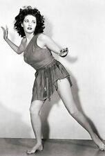Yvonne De Carlo Unsigned 8x12 Photo (14)