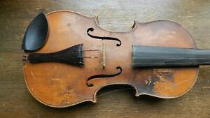 Antike Geige zum restaurieren innen Zettel Antonio Stradivari