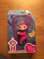 Fingerlings Bella Interactive Baby Monkey Pink with Yellow Hair Authentic WowWee