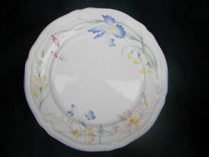 Villeroy & and Boch RIVIERA Side plate. Diameter 6¾ ins. 17.2 cms