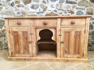 Pine Country Farmhouse Sideboard