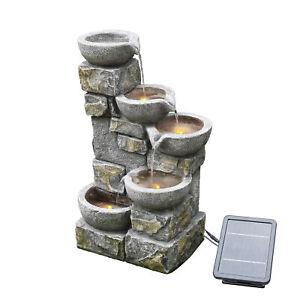 Solar-Wasserbrunnen für den Garten aus Stein mit Ornamenten und LEDs PT-SF0003