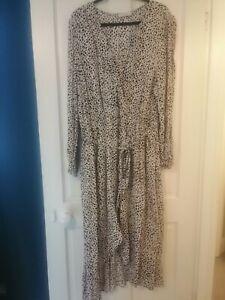 Oasis Curve Polka Dot Wrap Dress Size 24