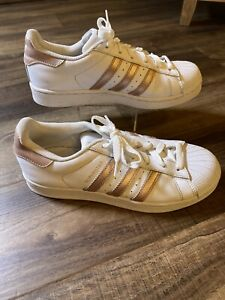 Adidas women's superstar size 7 Ba8169 rose gold white