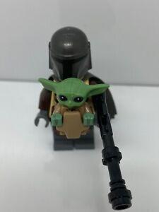 "Lego ""The Child"" Minifigure & Mandalorian  & Baby Yoda 75292 With Tattered Cape"