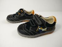 BOYS CLARKS SOFTLY LIAM UK 3F NAVY BLUE LEATHER PLANE PRINT TRAINERS INFANTS