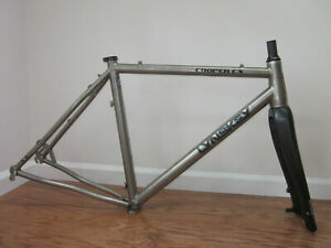Medium Lynskey Cooper CX titanium gravel frame and Whisky carbon fork cyclocross