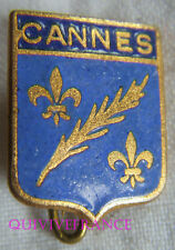 BG7597 - INSIGNE BADGE BLASON  DE CANNES