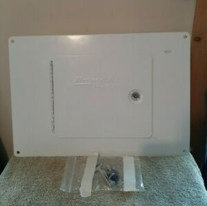"""Homak Security between studs wall safe 9"""" x14.25"""" x 3.75""""  NEVER USED"""