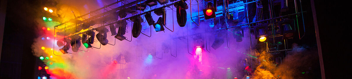 Uking_stagelighting