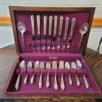 1940 WM Rogers & Son Silverplate Flatware Exquisite Pattern 50 PCS Set Service 8