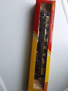 HORNBY R4312 PULLMAN PARLOUR CAR ROSEMARY
