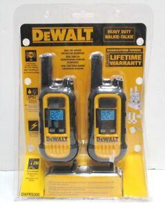 NEW DEWALT DXFRS300 2W 22 Channels UHF/FM Walkie Talkie 2 Radios PAIR FreeFastSH