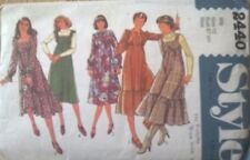 ** Vintage Sewing Pattern ** L Donna Estate Abito ** 4 disegni **