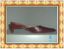 NEW BCBG MAX AZRIA Collection Selina Burgundy Croc Leather Heels Shoes Sz. 7