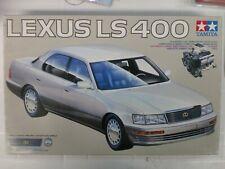 TAMIYA 1/24 - LEXUS LS 400
