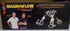 """Magnaflow 94006 Universal Catalytic Converter Oval 2.5"""" In/Out"""