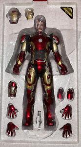 Hot Toys MMS 278 D09 Avengers Iron Man Mark XLIII 1/6 Scale Figure Mint +shipper