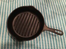 """Vintage CAST IRON skillet unmarked WAGNER 9"""" grill Made In USA"""