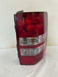 JEEP LIBERTY RIGHT PASSENGER TAIL LIGHT LAMP OEM 2008-2012