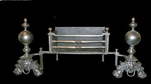 Very large period C19th fire basket with lions masks and huge burning grate