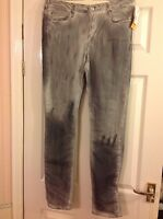 BNWT H&M Mens Slim reg waist Grey Jeans from  size 33/32  RRP £29.99