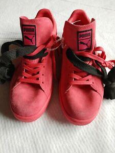 Puma Suede Men's Size 13 Hot Pink Flats Double Shoe String