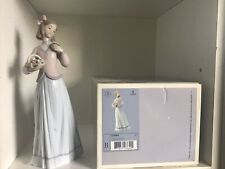 More details for lladro innocence in bloom figurine ornamental 7644