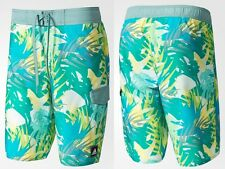ADIDAS ALLOVER PRINT GRAPHIC WATER / SWIMMING / BOARD SHORTS LARGE BJ8591 *BNWT*