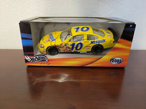 Signed Jeff Green 2001 Nesquik #10 Ford Hot Wheels 1:24 Diecast