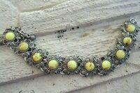 dekoratives trachten? ethno  armband mit gelb marmorierten glassteinen 70er