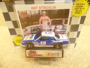 1991 Racing Champions 1:64 Scale NASCAR Hut Stricklin Raysbestos Buick Regal a