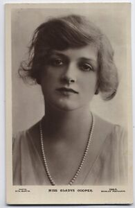 Gladys Cooper Actress vintage Beagles Real Photo Photo Postcard