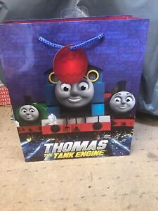 6 LARGE THOMAS TANK ENGINE GIFT PARTY BAGS BIRTHDAY PRESENTS CELEBRATIONS + TAG