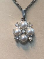 """Vintage signed Sarah Coventry Silver Faux Pearl Rhinestone pendant necklace 18"""""""